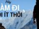 nghi-luan-khong-co-nhung-khau-hieu-duoc-dong-khung-tren-tuong-chung-toi-co-gang-tao-ra-nhung-khau-hieu-tu-chinh-cac-hanh-dong-cua-minh